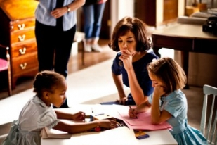 Katie Holmes as Jackie teaching children - The Kennedys